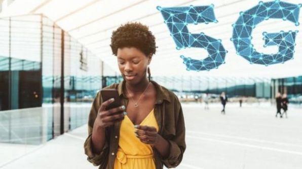 ما الذي تعرفه عن شبكة اتصالات الجيل الخامس التي بدأت بريطانيا باستخدامها؟