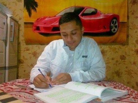 الاحتلال يستدعي أسير من نابلس للتحقيق بعد عشر سنوات على اعتقاله