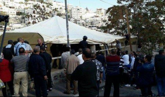 قوات الاحتلال تطلق الغاز على فلسطينيين بسلوان