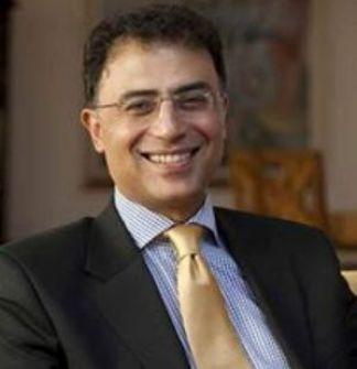 أشرف العشماوي:لا أكتب إلا ما أحب .... حاورته وفاء شهاب الدين