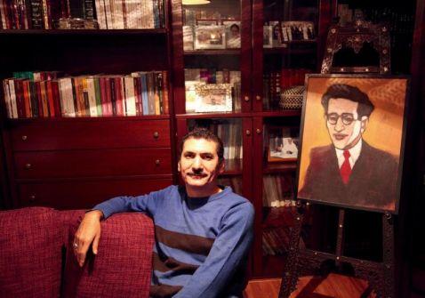 'حارس الفيسبوك' أول رواية لشريف صالح
