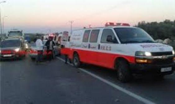 إصابة 9 مواطنين في حادث سير بالخليل