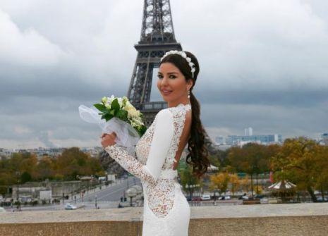 لاميتا فرنجية: لم أفكرّ يوماً بالزفاف الشرقي، ولهذه الأسباب اخترت باريس!