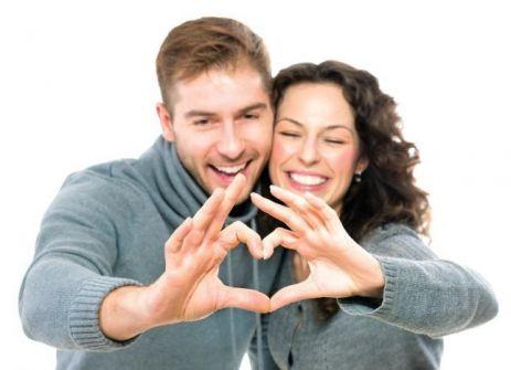 سماع الأذان عند ممارسة العلاقة الزوجية .. والصيام