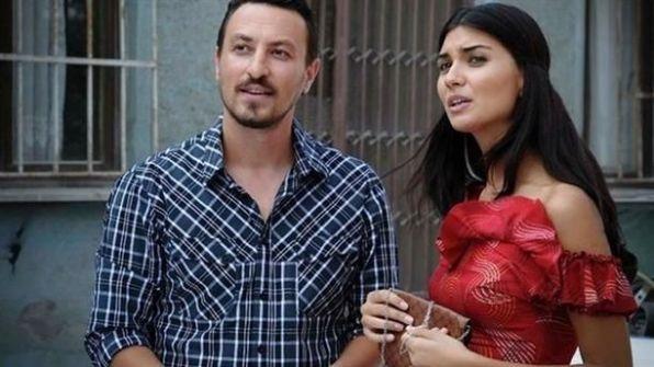 التركي أونور صايلاك: أنا وزوجتي توبا بويكستون لن ننتقل للإقامة في باريس