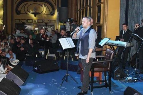 ماذا كشف نقيب الفنانين الأردنيين عن حقيقة إساءة الوسوف للأردنيين في حفله؟
