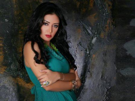 رانيا يوسف تقرر مقاضاة بعض الجهات