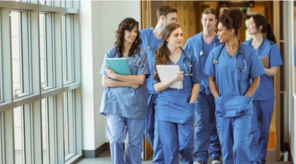 زيادة في عدد الأطباء العرب وأكثرية نسائية ضمن طالبات الطب- العربيات واليهوديات