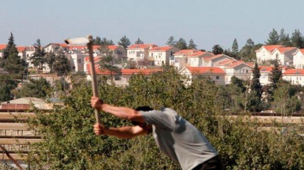 مستوطنون يحذرون العمال الفلسطينيين من التعاون مع جمعيات إسرائيلية حقوقية