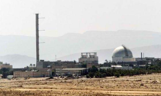 بريفسور اسرائيلي : إسرائيل خططت لتفجير نووي بسيناء في حرب 67