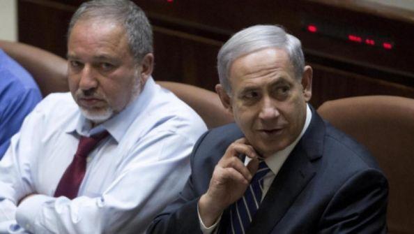 ليبرمان يلمح لاحتمال انضمامه لحكومة يمينية برئاسة نتنياهو