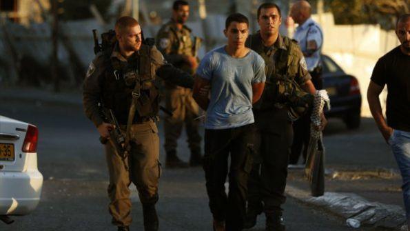 اعتقالات ومواجهات ومداهمات بالضفة