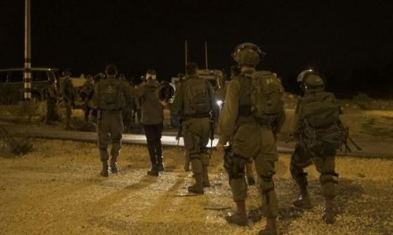 الاحتلال الإسرائيلي إعتقل 14 فلسطينيا فجر اليوم من محافظات الضفة
