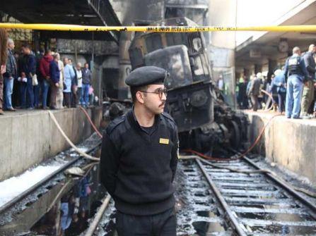 غباء سائق القطار وإستقالة وزير النقل ...؟....ناديه شكري