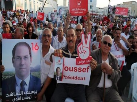 هل تنجح تونس في تجربة التحول الديمقراطي؟