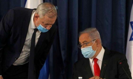 آخر محاولة لإفشال تنصيب حكومة؟ نتنياهو عرض استقالته وتنصيبا فوريًّا لغانتس