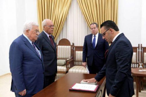 محافظ جديد للقدس يؤدي اليمين القانونية أمام الرئيس