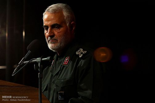 """هكذا أصبح عامل البناء """"قاسم سليماني"""" الذي لم يُكمل تعليمه رأس حربة إيران في مواجهة """"إسرائيل"""""""