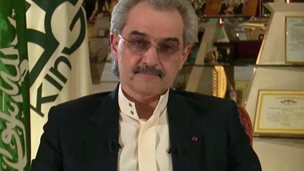 """ممنوع من السفر ومُراقب.. هيومن رايتس: الوليد بن طلال ليس حرا ودفاعه عن ولي العهد """"تحت ضغط"""""""