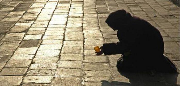 الشرطة تقبض على متسول يملك مركبة موديل 2013 في الخليل