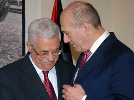 أولمرت بعد لقائه عباس: لا بديل عن حل الدولتين والرئيس عباس قائد سياسي عظيم