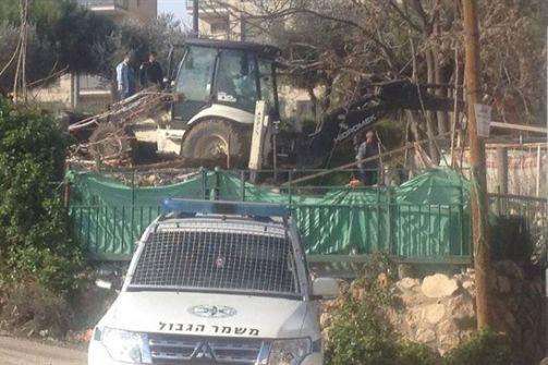 الاحتلال يهدم منزلا في الشيخ جراح بالقدس