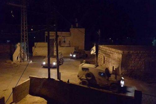 مداهمات واعتقالات وتخريب منازل في محافظة الخليل