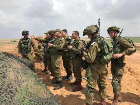 قادة جيش إسرائيل على بعد أمتار من مسيرة العودة الكبرى