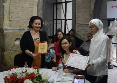 بمناسبة العيد الوطني للمرأة التونسية:  جمعية الكاتبات المغاربيات بتونس تكرّم المفكرة ألفة يوسف التي تقول :' أعيش تجربة فكرية و روحانية '