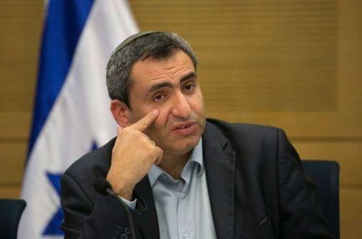 وزير إسرائيلي: هذا ما سنفعله بعد رحيل أبو مازن