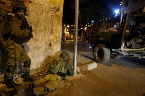 اعتقال 19 في الضفة ومصادرة اسلحة