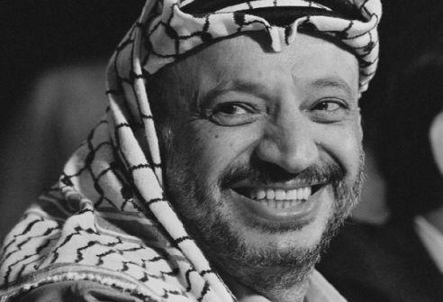 ياسر عرفات:الإحباط واليأس سيد الموقف...ثائر أبو عطيوي