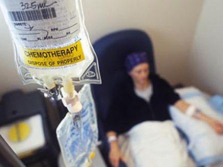 'اندبندنت' تفجّر مفاجأة: العلماء يتوصلون لعلاجٍ ثوريّ للسرطان