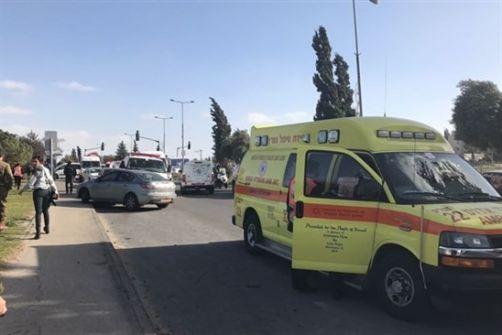 اصابة مستوطنة اثر عملية طعن في القدس