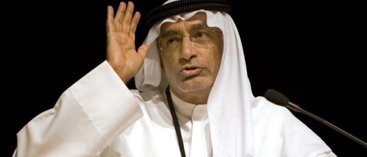مستشار اماراتي يهاجم السلطة وعريقات يرد