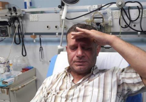 مجهولون يعتدون على طبيب ويسرقون سيارته في الخليل