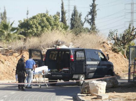 طعن عامل فلسطيني داخل أراضي الـ48