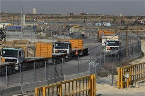 إسرائيل تستخدم الذرائع لإجبار المُصَنِّع الفلسطيني على شراء المواد الخام من شركاتها