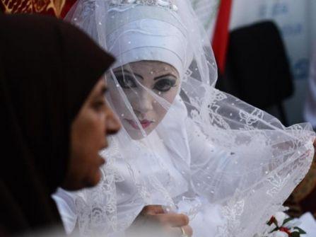 عروس فلسطينية محرومة من الزواج بأمر من 'تل أبيب'