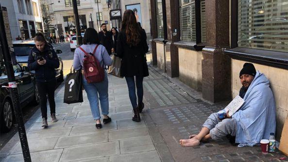 بؤساء لندن النائمون في الشوارع.. حقيقة بعضهم صادمة