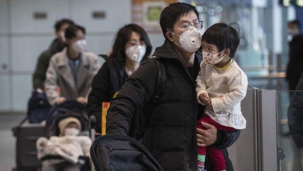 مسؤول صيني يؤكد أن عشرات الآلاف تعافوا من 'كورونا' بفضل الطب الصيني