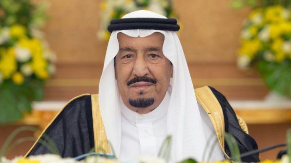 """""""ديفيد هيرست"""" يكشف:تخيل كم يبلغ راتب ملك السعودية  الشهري؟"""