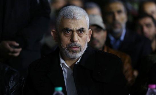 هآرتس: إسرائيل تبدأ بإعادة تحليل شخصية السنوار