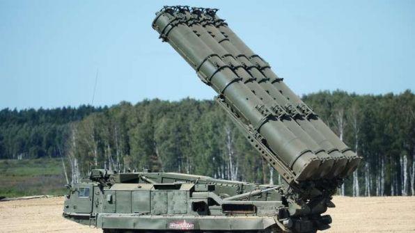 إسرائيل تهدد باستهداف منظومة 'إس 300' بسوريا