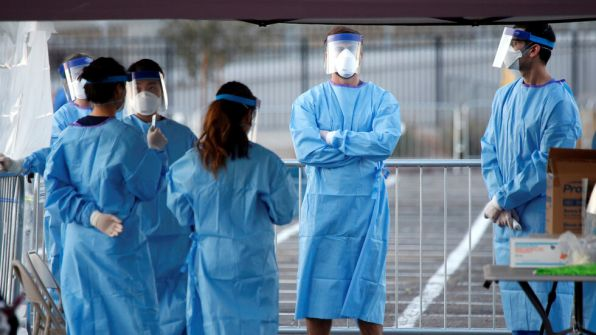 طهران: واشنطن تنفق الملايين على 'داعش' و'صفقة القرن' وممرضوها يرتدون أكياس النفايات لمواجهة كورونا