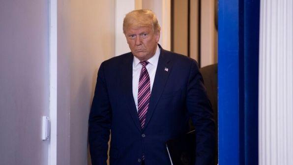 'CNN': مسؤولون كبار في البيت الأبيض يبتعدون بهدوء عن ترامب