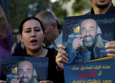 مبادرة الأسرى وتحقيق العدالة لنزار بنات...نهاد ابو غوش