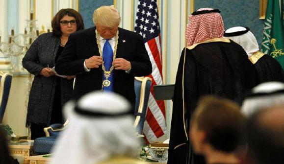 'الانديبندنت': أثمن هدايا ترامب كانت من السعودية