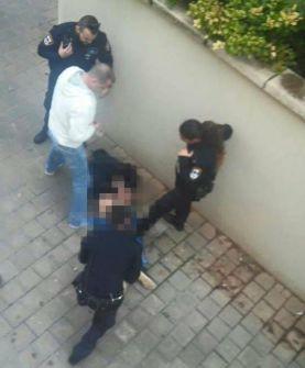 فيديو: اصابة 3 اسرائيليين في عملية طعن برعنانا واعتقال المنفذ وفرار اخر