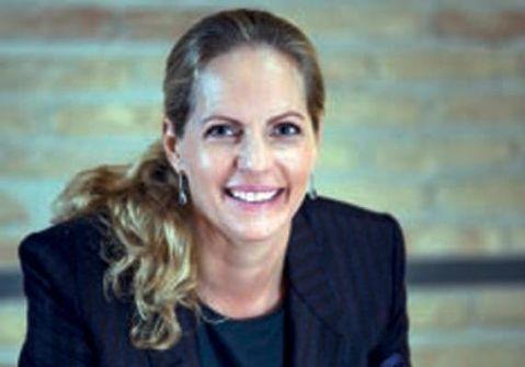 امرأة من خارج الأسرة تدير إمبراطورية روتشيلد المالية